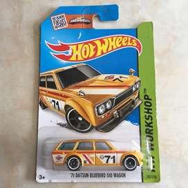 Hot wheels / hotwheels Datsun 510 Bluebird Wagon Card Damage