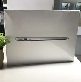 "Macbook Air 13"" 128GB MQD32 2017 New resmi apple"