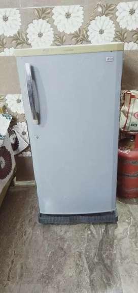 LG fridge. LG  ek number bhai log