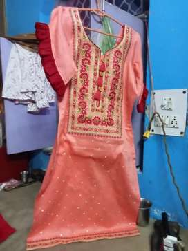 Fansy Ladis Suit And Blouse