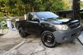 Toyota hilux single pu pick up