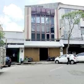 Ruko Strategis 3 Lantai di Kawasan Komersial Pasar Besar Malang