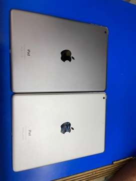 Apple ipad air good working condition. Withacc.