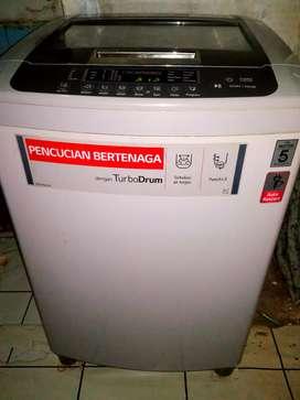 Mesin cuci top loading LG 10.5kg