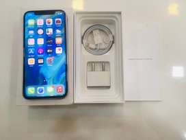 I PHONE  X 64GB SILVER COLOUR BRAND NEW WITH BILL WARRANTY