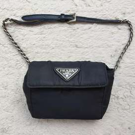 Tas import eks PRADA milano made in Italy waistbag/tas pinggang kecil
