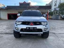 Pajero DAKAR 4X4 Tahun 2012 AT kondisi Prima
