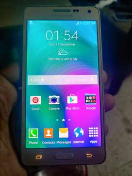 Samsung A5 in excellent condition for 4500