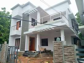 4.bhk 2000 sqft 5 cent new build ready to occupy at aluva choondy