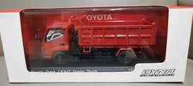 Diecast/miniatur Toyota Dyna Dump Truck