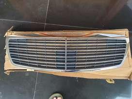 Dijual GRILL, BODY LIST, DOOR HANDLE utk MERCY E Class W211 thn 2007
