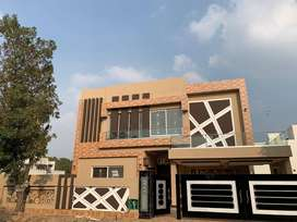 1 Kanal Brand House for Sale in Bahria Town Lahore, Overseas B