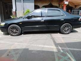 Honda Accord 2001 Bensin
