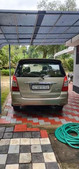 Toyota Innova 2009 2.5 V Original Kerala
