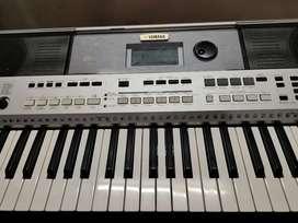 Yamaha psr- i455