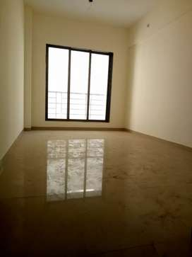 1 bhk spacious flat for Rent in G+7 building near supermarket