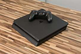 Sony PS 4+16 New Games Modal Slim 1 Year old But used 6 to 8 times Bra