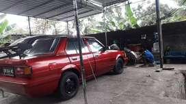 Dijual sedan corolla dx thun 1982