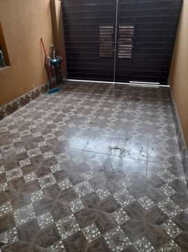 Barrnd new  5 marla House for rent in Johar town tail flooring woodwor