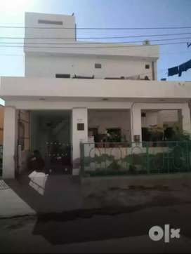 5 E 28 kudi bhagtasni housing board , contact no given in description