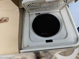 Onida semi automatic washing machine