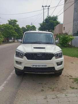 Mahindra Scorpio S8, 2016, Diesel