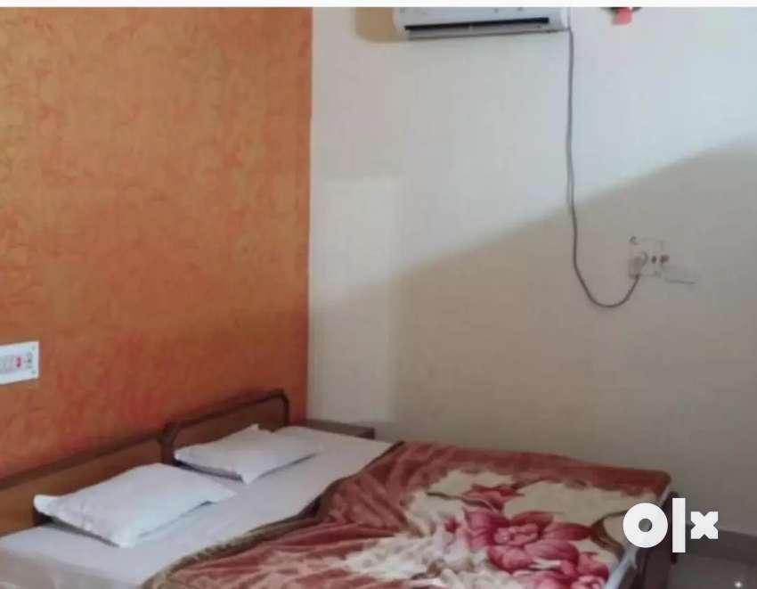 Corner property for sell in lajpat nagar alwar 0