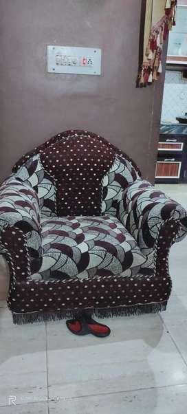 Three pc sofa in new condition
