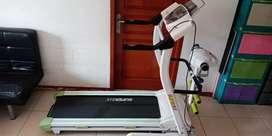 Treadmil Elektrik (Auto Incline) Untuk Olahraga di Rumah