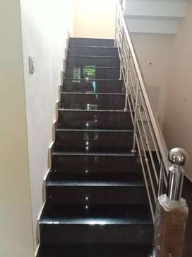 2 b h k flat for rent near medical college( mundikkal thazham)