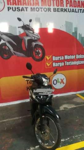 Honda Revo Hitam