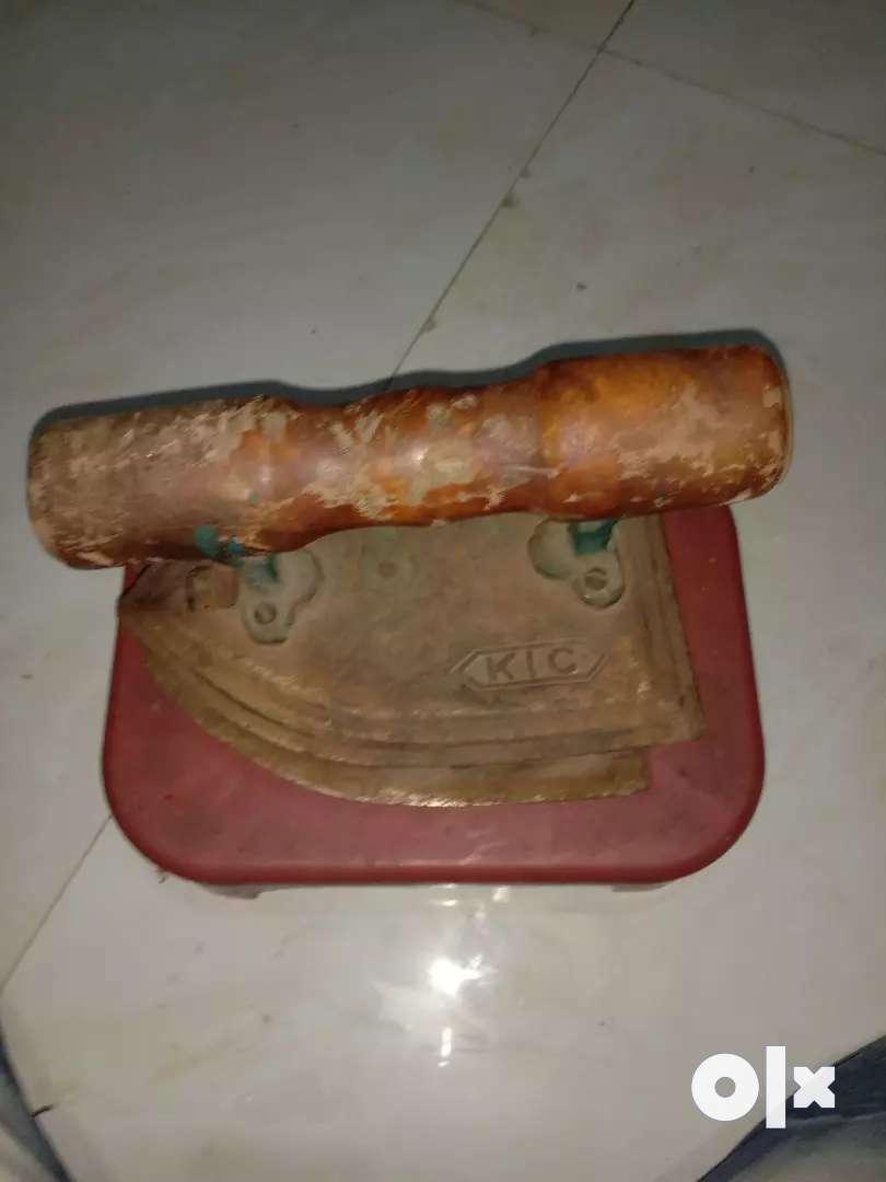 ब्लूटूथ बॉक्स लोहा प्रेस 0