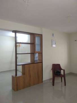A 3bhk semi furnished and beautiful flat at Sail city is for rent.