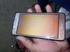 Samsung j7 max 4 gb ram ,32 gb rom ,finger print fresh condition