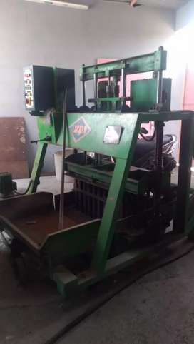 Double Vibration Blocks Machine -Hollow and Solid Brick Making Machine