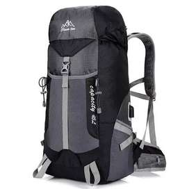 CLEVER BEES Tas Ransel Gunung Hiking Waterproof 55L with USB Charger P