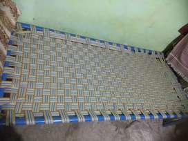 Iron nibar bed
