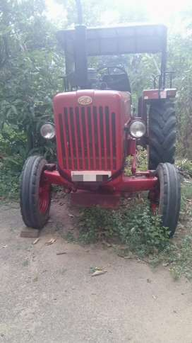 Mahendra 575DI tractor 2015model oil break for sale in palakkad