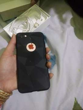 I phone 7 128 gb new condition