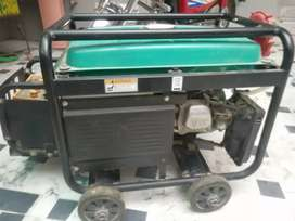 2 years used Genrator in good condition 10/10.Only want to buy UPS.