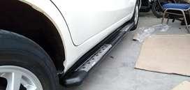 Footstep injakan kaki samping Toyota Kijang Innova