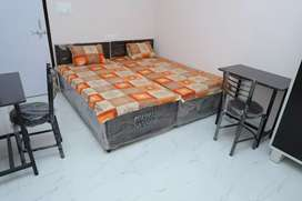 Fully Furnished Rooms with Tested Nutritious Meal