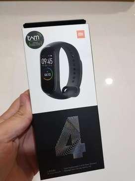 BNIB Xiaomi Mi Band 4 Garansi Resmi TAM