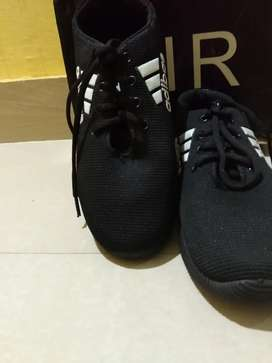 Adidas shoes ,,Size: 37