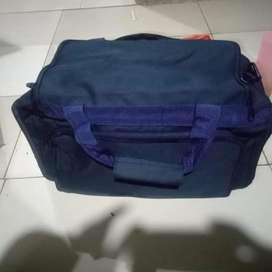 Tas pakaian / travell bag / tas jinjing