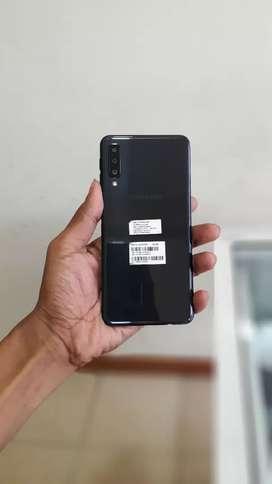 Samsung A7 2018 warna hitam