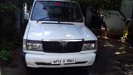 Toyota Qualis 2000