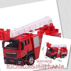 SAY13-Mainan Anak Mobil Model Truk Pemadam Kebakaran dengan Tangga