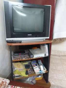 Samsung TV ultra slim fit tv 32inch
