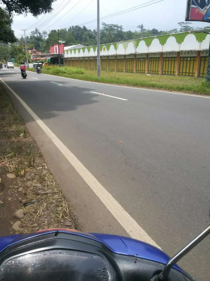 Tanah pinggir jalan raya nasional 9 (strategis)